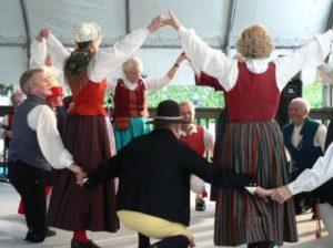 Scandinavian Dancers
